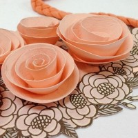 DIY Paper Flower Necklace