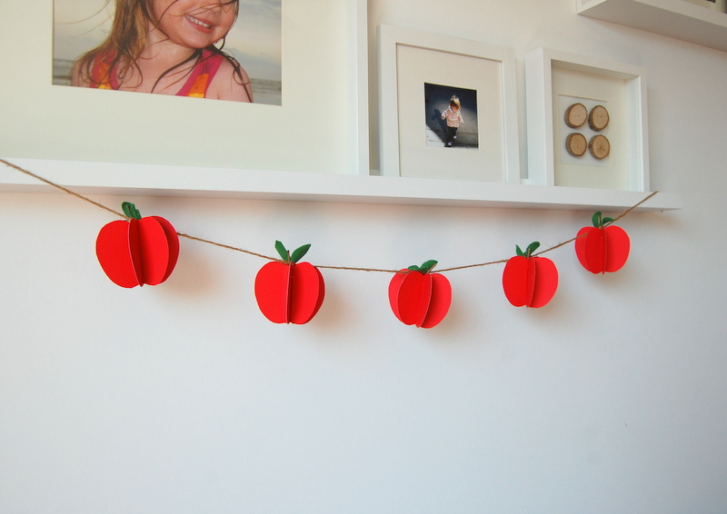 DIY-apple-garland-northstory-4